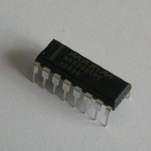 1024px-Max232